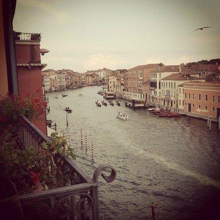 Hotel Principe: Utsikt over Canal Grande fra verandaen på rom 316