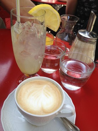 Buvette Gastrotheque: Home made lemonade and proper coffee!