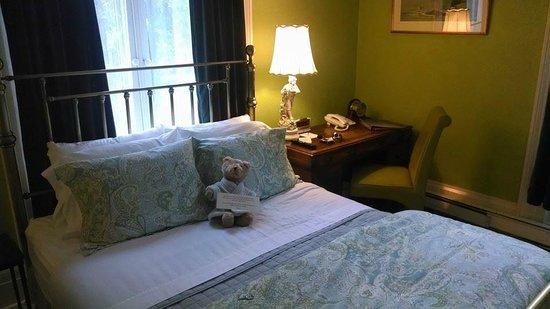 Landmark Inn: Best Sheets Ever!!