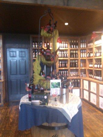 Jost Vineyards: Boutique