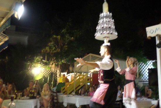 Tsokkos Beach Hotel: romeos restaurant brill
