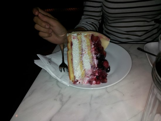 Cafe-Cafe: Incredibile torta ai frutti di bosco