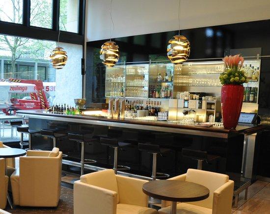Pullman Berlin Schweizerhof: Bar