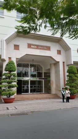 Rex Hotel: Main entrance