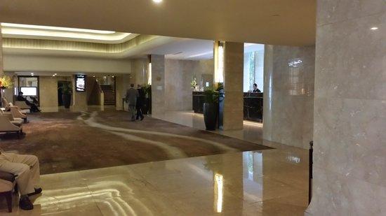Rex Hotel: Reception-area