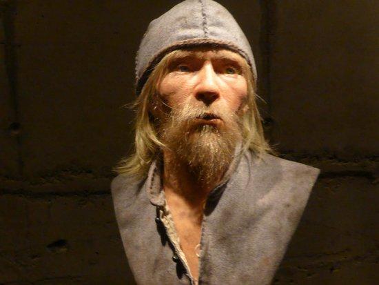 Vasa Museum: recreation of dead man on board