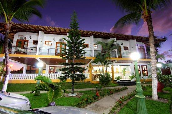 Benkos Praia Hotel : Fachada