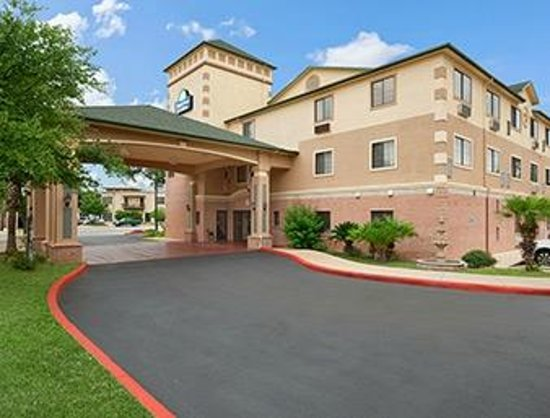 Photo of Days Inn Suites San Antonio North/Stone Oak