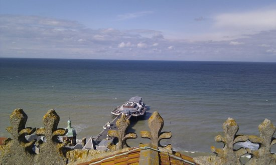 Cromer Parish Church (St Peter and St Paul): Out over the pier