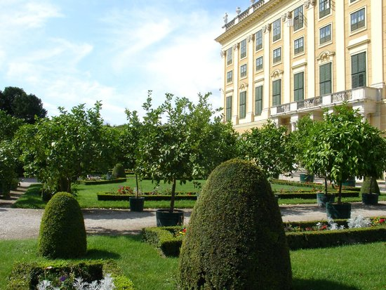 Schloss Schönbrunn, private gardens