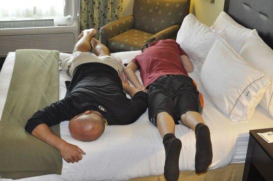 Holiday Inn Express Columbus - Dublin: bed test