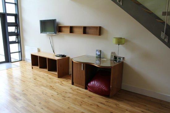 Castlemartyr Resort: Living / Dining area