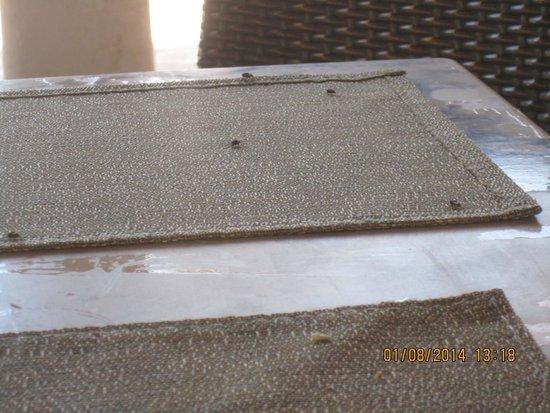 Vincci Resort Djerba : table et set de table