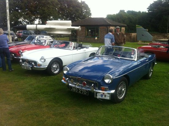 Thorpe Camp Visitor Centre: MG owners club visit