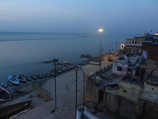 Kedareswar Bed & Breakfast: vue le la terrasse au  petit matin