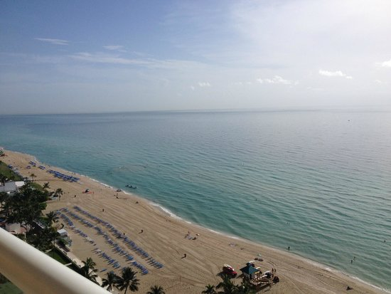 Acqualina Resort & Spa on the Beach: Room View