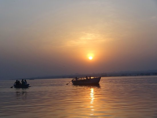 Kedareswar Bed & Breakfast: lever du soleil sur le Gange