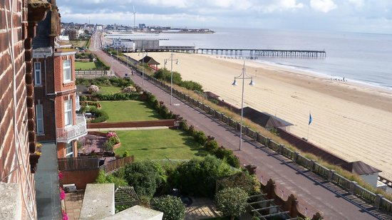 The Hotel Victoria: View of Lowestoft Beach and Sea Front from room window