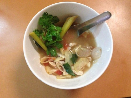 A lot of Thai : Home cooking class : tom yum soup