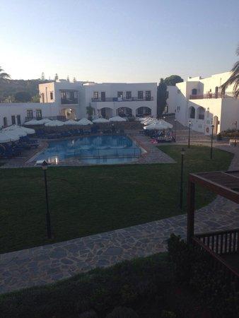 Creta Maris Beach Resort: Bungalow pool