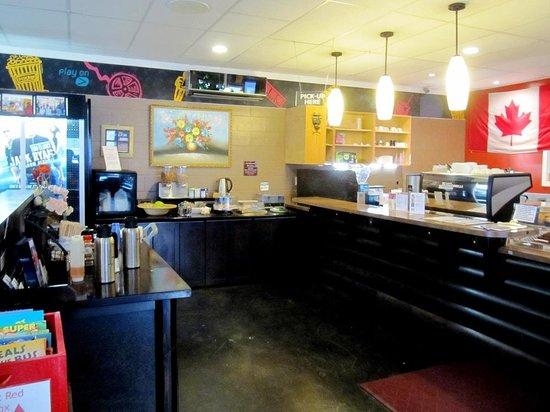 Hotel De Oro: DeOro Coffee Lounge for Continental breakfast