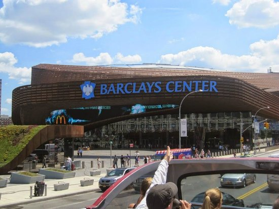 Gray Line New York Sightseeing: Brooklyn Tour - Barclays center