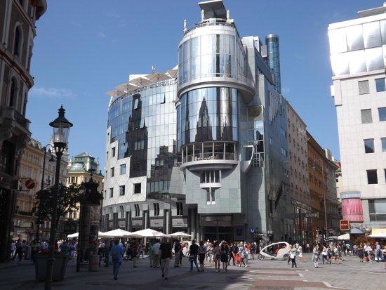 Hotel Papageno: City Centre, near Stephensplatz