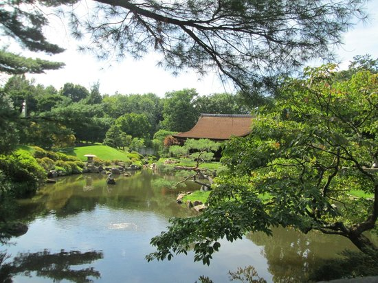 Philly Bike Tour Company: Shofuso - The Japanese House and Garden