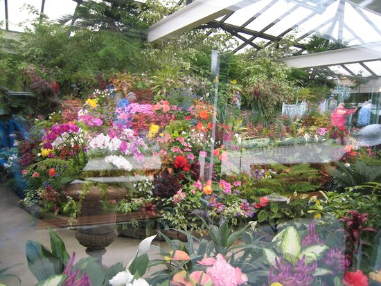 Butchart Gardens: Inside