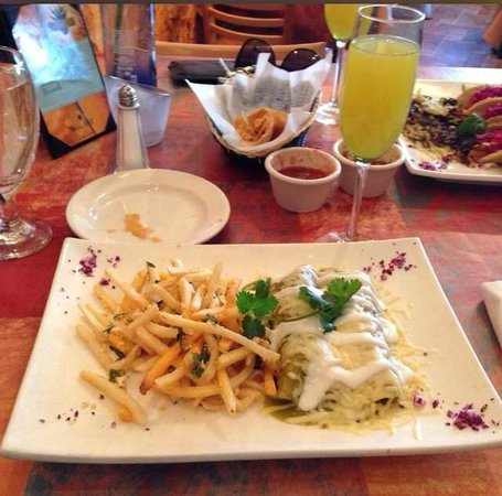 El Mariachi Tequila Bar & Grill: Best brunch plate Chilaquiles with eggs and chorizo