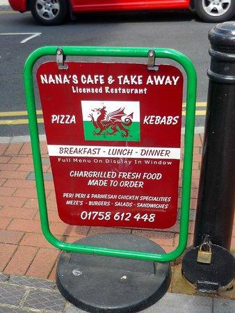 Nana's Pizza and Kebabs