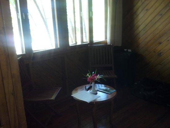 Wananavu Beach Resort: Seating area Oceanview