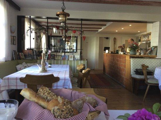 """Landgasthof """"Zum Ritter"""": Breakfast Room"""