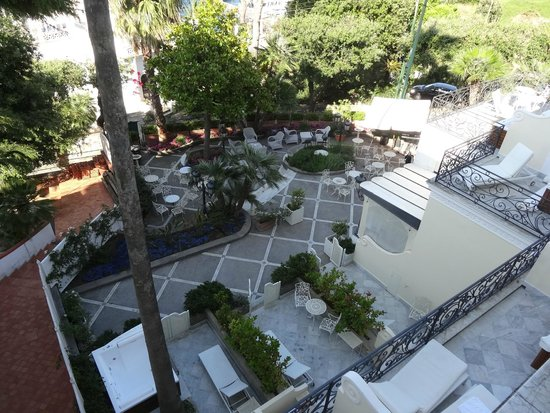 Luxury Villa Excelsior Parco: el jardin dde habitac