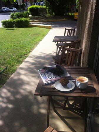 Fresh Cafe & Espresso Bar