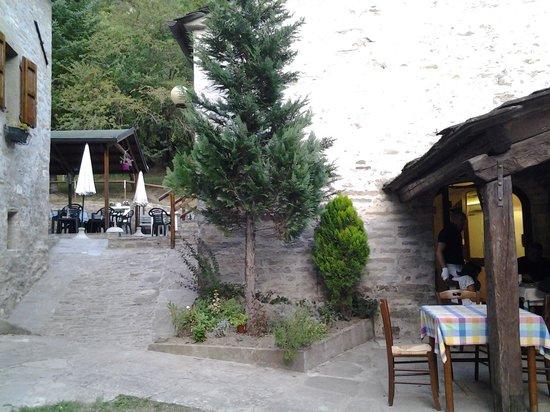 Scorcio fra albergo e ristorante picture of albergo ca di veroli bagno di romagna tripadvisor - Ristorante bologna bagno di romagna ...