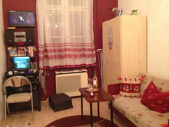 Firstapartments Inn City Center : camera da letto