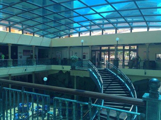 Be Live Experience La Nina: Entrance from inside