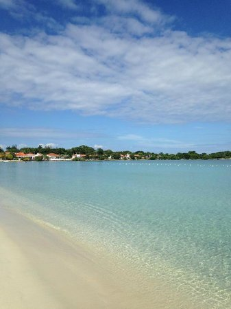 Couples Negril: Clear, Calm Water, Clean Beaches