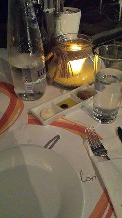 Avli Tou Thodori: Il tavolo