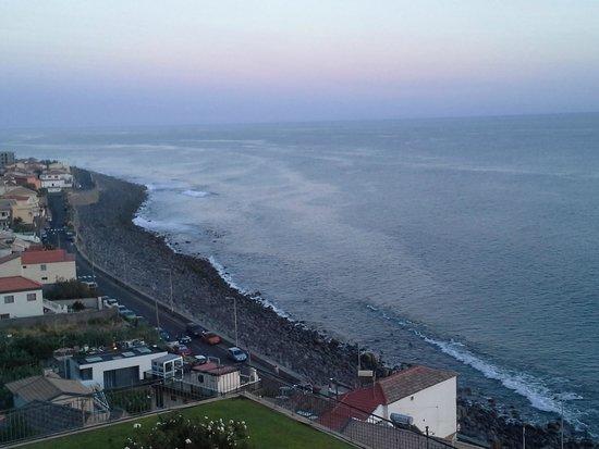 Aparthotel Paul do Mar : sea coast