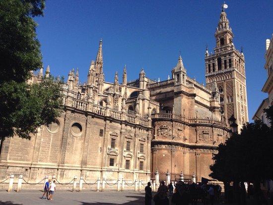 Catedral de Sevilla: Imponente e maestosa