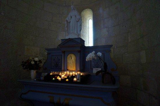 Église Sainte-Radegonde de Talmont  : la Vierge