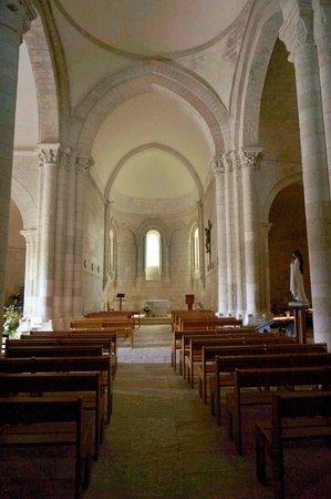 Église Sainte-Radegonde de Talmont  : l'église