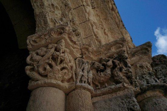 Église Sainte-Radegonde de Talmont  : les chapiteaux