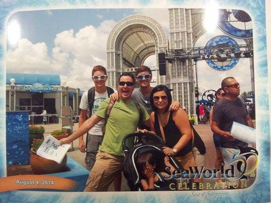 Hilton San Antonio Hill Country Hotel : Family Vacation at Sea World