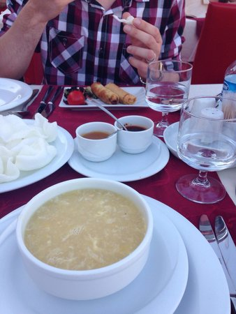 The Mandarin Restaurant: Chicken and sweetcorn soup 