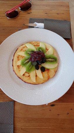 722 Gradi: Pancake with fruits