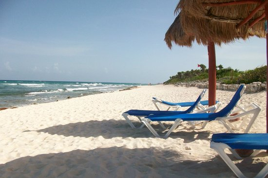 Grand Bahia Principe Tulum : left of tulum beach