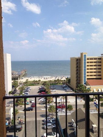 Aqua Beach Inn: View of beach from 9th floor